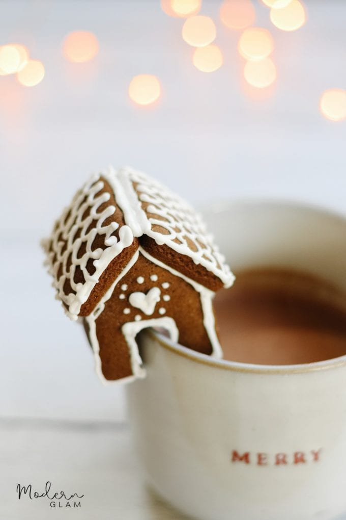 gingerbread house cookie mug huggers