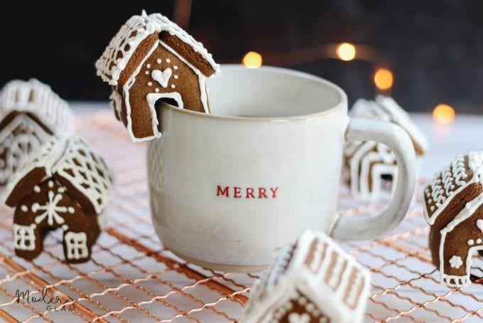 mini gingerbread houses for mug