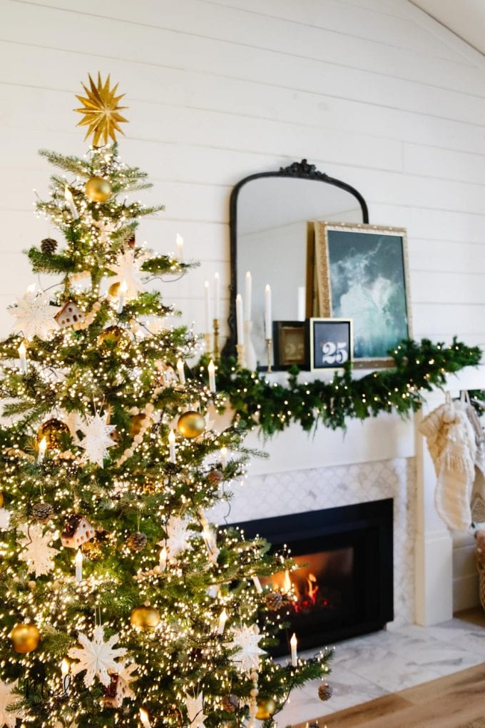 green and white christmas decor
