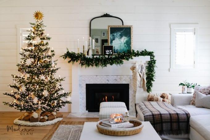 simple minimal Christmas tree
