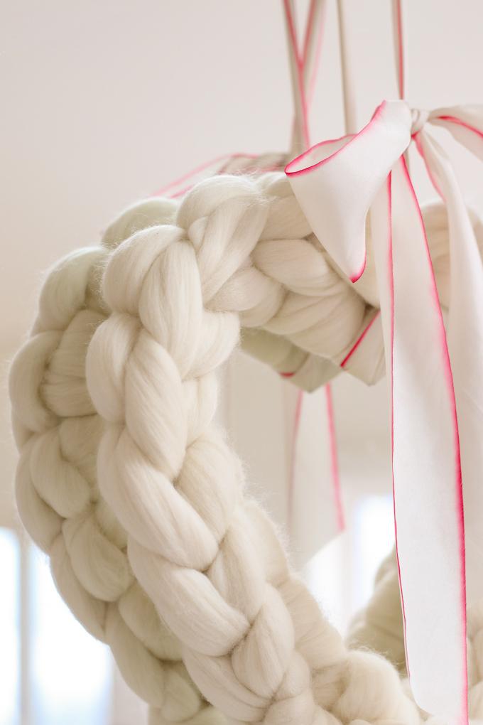 chunky knit heart wreath DIY