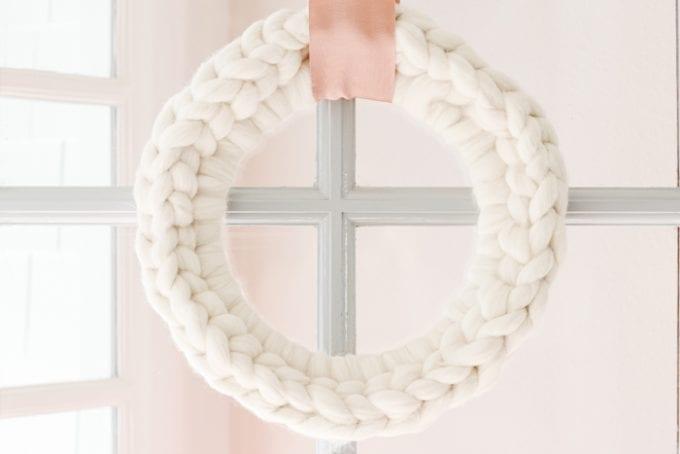 diy chunky knit wreath