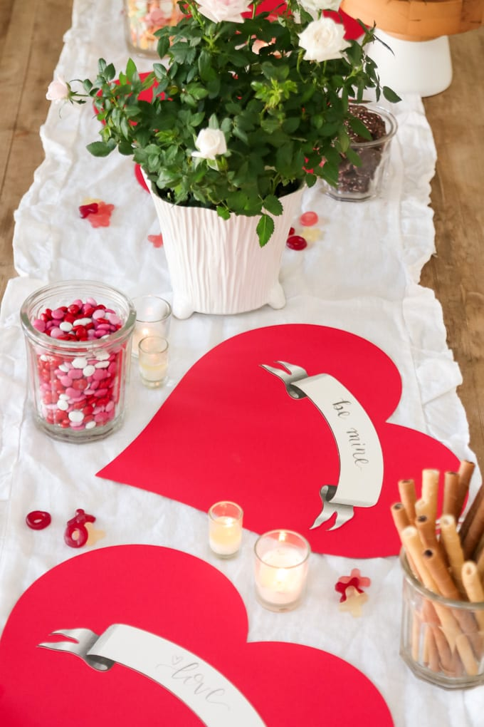 easy tablescape with hearts