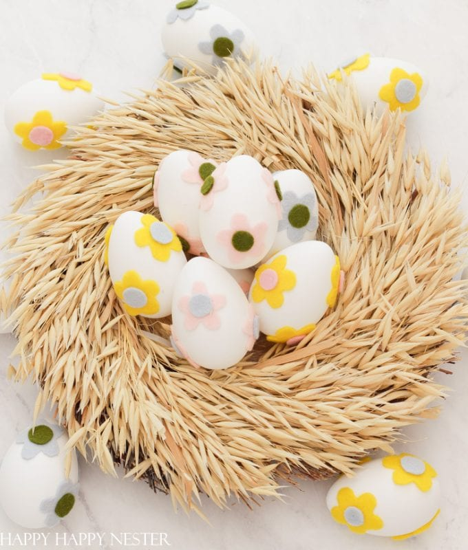 how to decorate plastic easter eggs