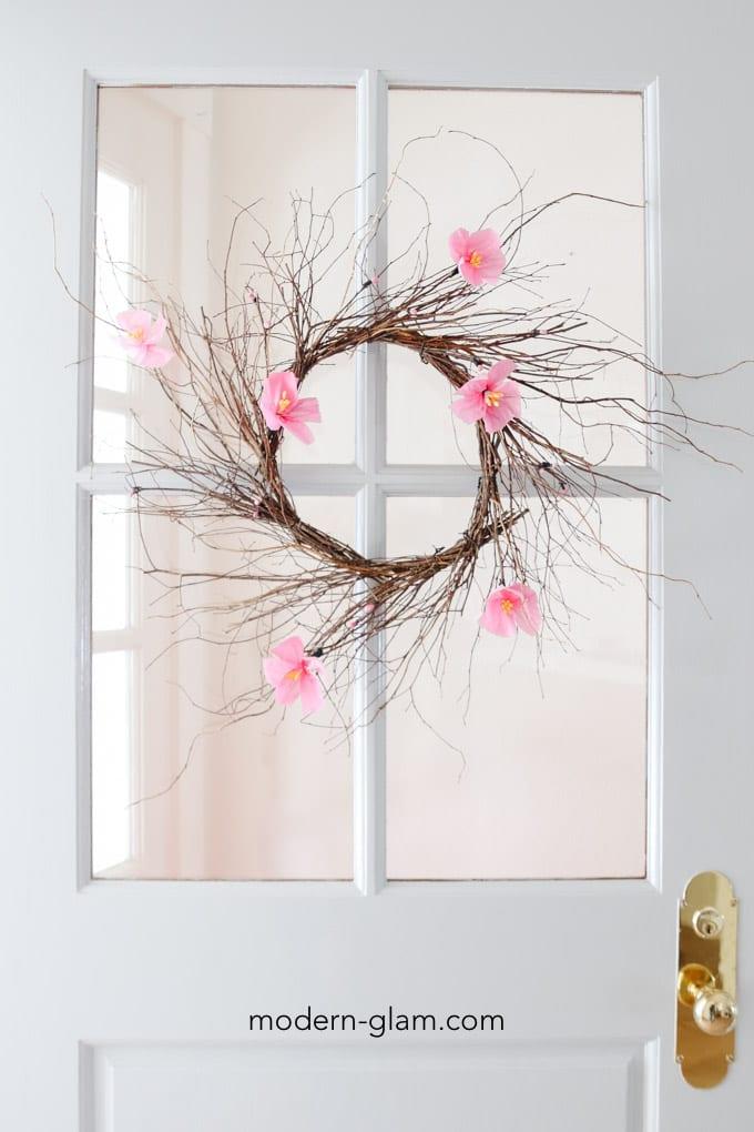 minimal spring wreath