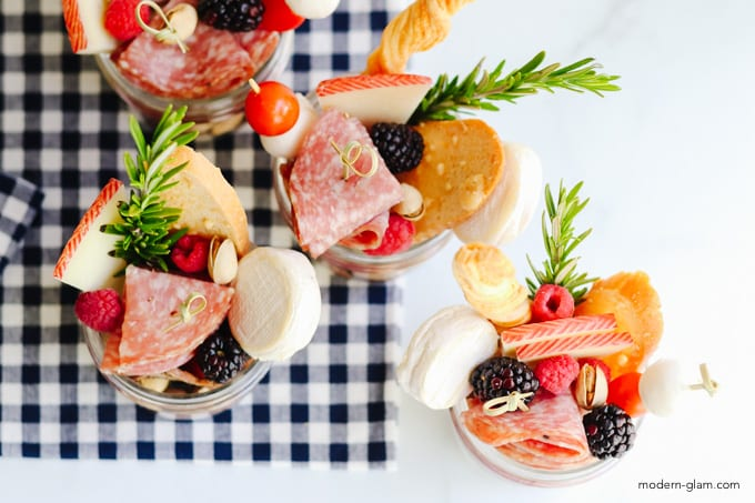 jarcuterie ideas for summer entertaining!