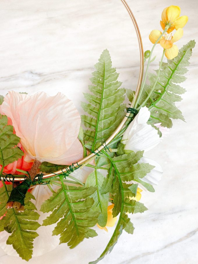 wildflower hoop wreath diy