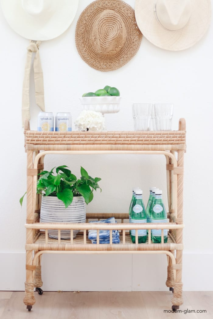 summer side table decorating