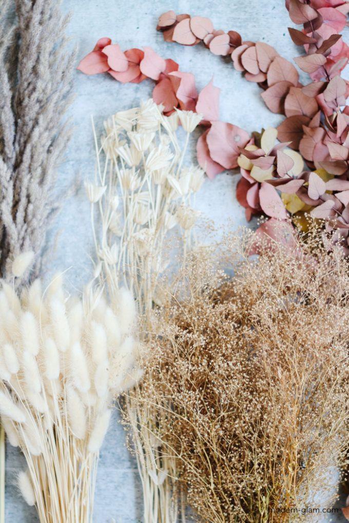 dried flower arrangement supplies