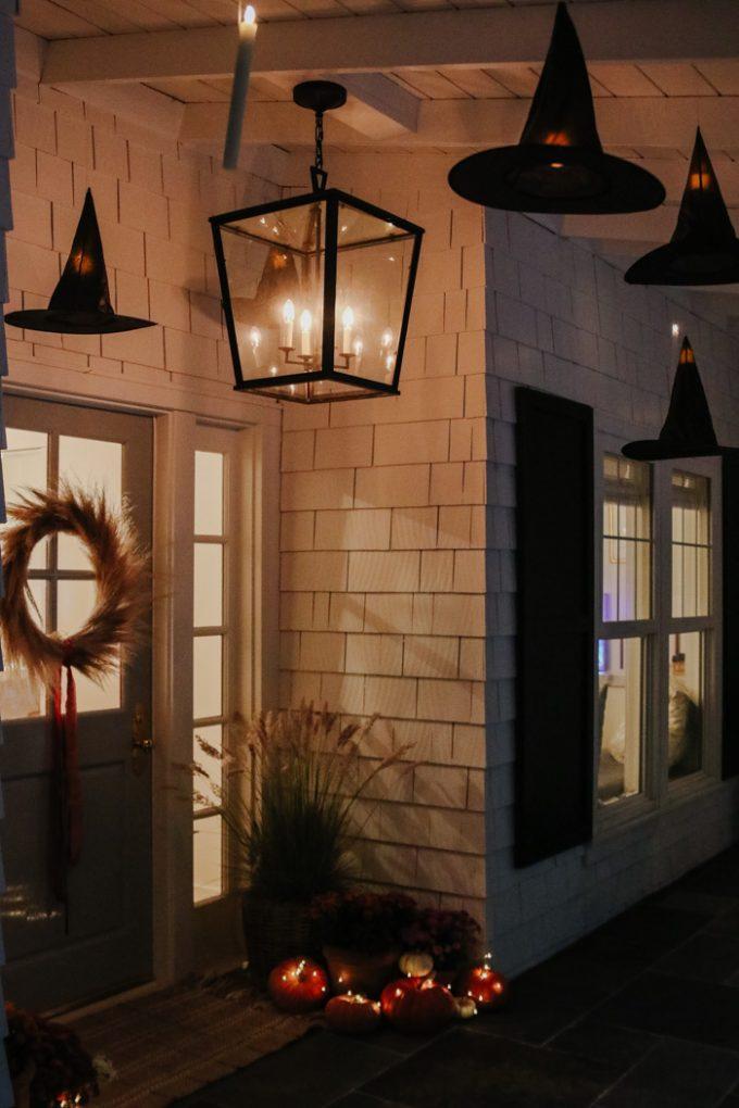 haunted halloween porch decor