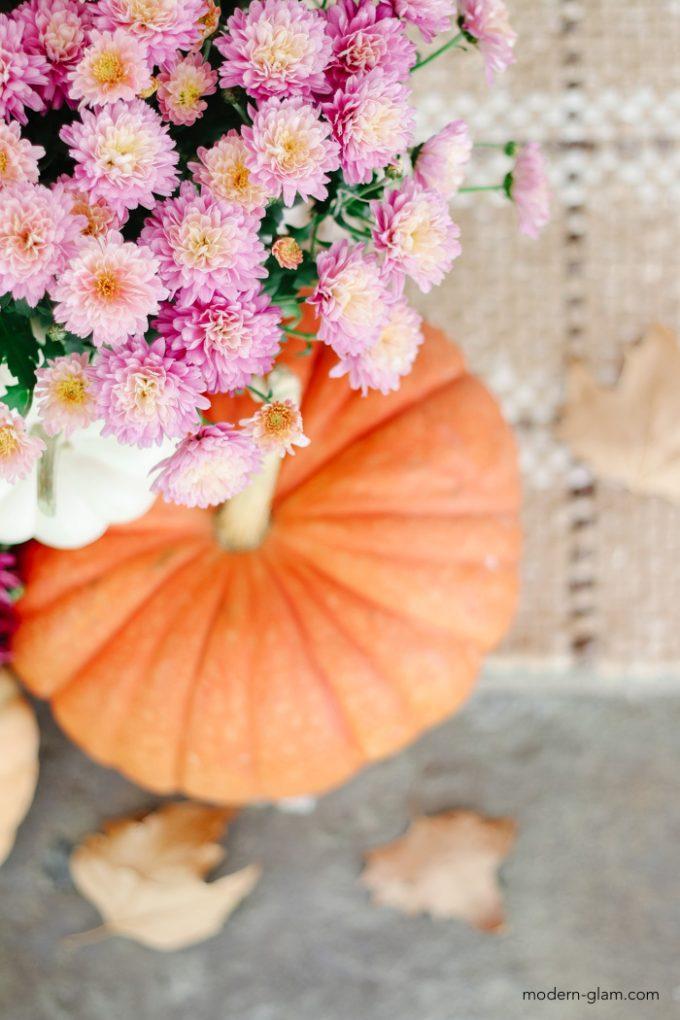 pumpkin and mums decorating ideas