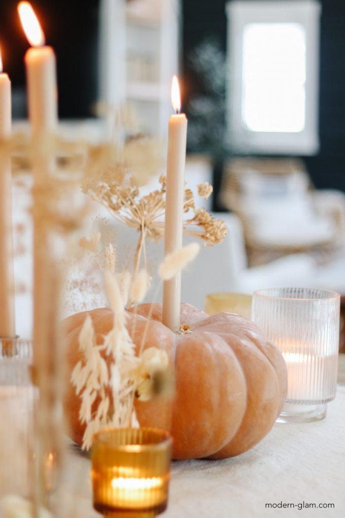 pretty thanksgiving centerpiece idea with pumpkins
