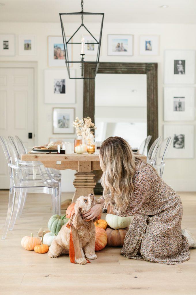 neutral thanksgiving decor